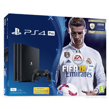 Pack console PS4 Pro 1 To + jeu Fifa 18